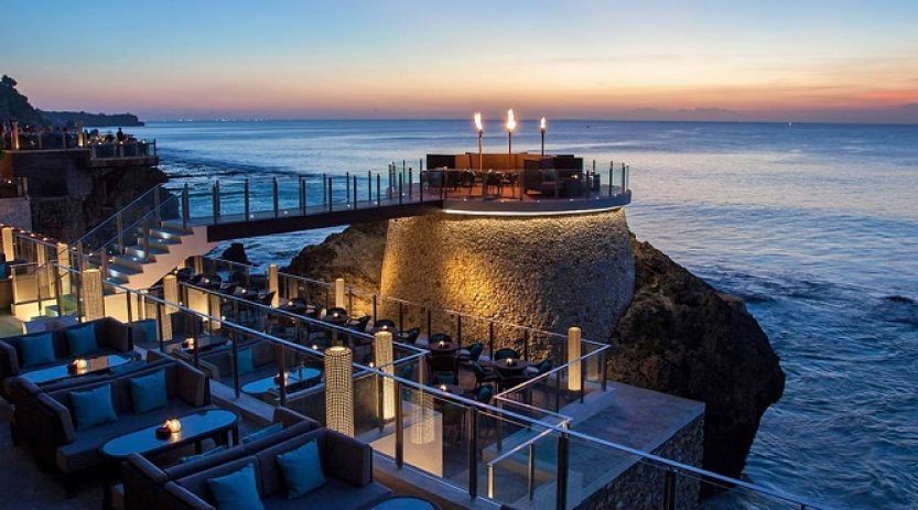 Private Dinner Romantis Bali, Nikmati Honeymoon Spesial