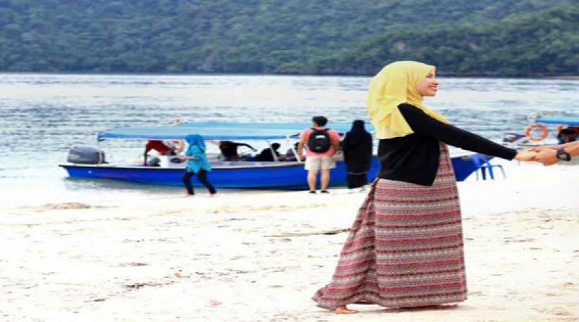 Paket Honeymoon di Pantai Bali Romantis