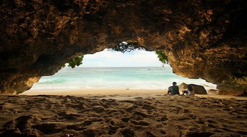 Honeymoon Bali Suasana Private, Kunjungi 2 Pantai Ini