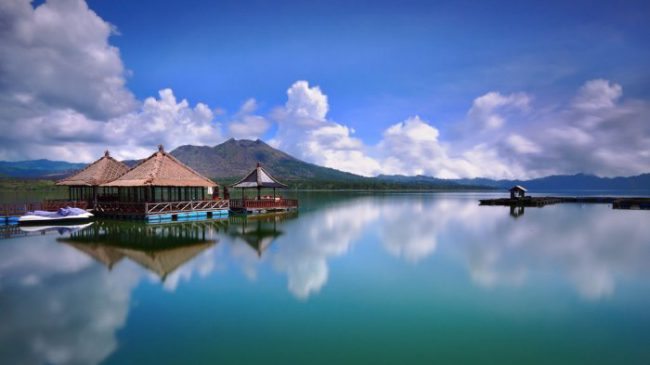 3 Tempat Bulan Madu Romantis Murah di Bali